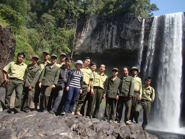 Hành trình khám phá thác 3 tầng của đoàn tham quan sở nông nghiệp Gia Lai